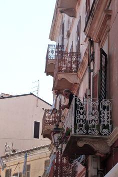 balconies, balconies everywhere  #oldwoman#