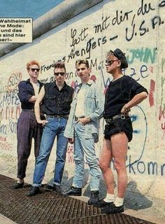 Fuck Yes Depeche Mode Martin L, Martin Gore, Ddr Brd, Alan Wilder, Berlin Wall, Berlin Berlin, Enjoy The Silence, Band Pictures, Band Photos
