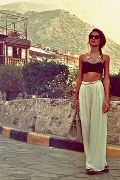I want an outfit like this for our trip to the Keys!