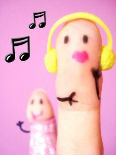 Dawww how precious! Finger Fun, Finger Plays, Finger Cartoon, Funny Fingers, Love Puns, Hand Art, Finger Puppets, Fun Stuff, Crafts For Kids