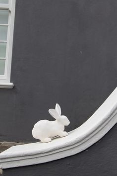 White Rabbit Rabbit, Tableware, Bunny, Dinnerware, Rabbits, Tablewares, Place Settings, Bunnies, Porcelain Ceramics