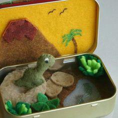 Dinosaur Altoid tin play set ❤ #dinosaur