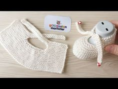 Very easy newborn baby booties model / Knit baby socks booties pattern, Diy Abschnitt, für Neugeborene Very easy newborn baby booties model / Knit baby socks booties pattern, Baby Booties Knitting Pattern, Knit Baby Booties, Baby Boots, Baby Knitting Patterns, Knitting Socks, Baby Patterns, Free Knitting, Booties Crochet, Knitted Baby