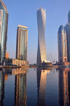 A building with a twist - Dubai Marina