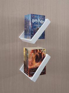 Creative Bookshelves, Bookshelf Design, Wall Shelves Design, Space Saving Furniture, Diy Furniture, Study Room Decor, Bookcase Wall, Diy Home Decor Easy, Creation Deco