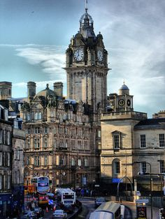 Balmoral Hotel, I was there last night in their champagne bar. :)))