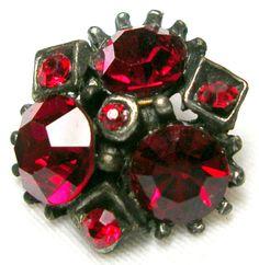 BRILLIANT VINTAGE 1940'S-1950'S RUBY RED GLASS RHINESTONE BUTTON