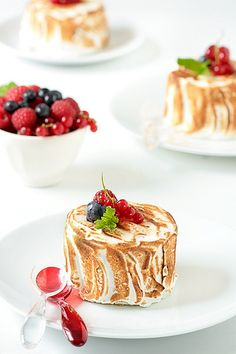 Lemon Sorbet Baked Alaska by tartelette, via Flickr