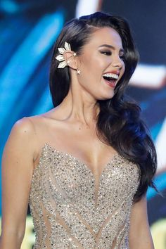 Catriona GrayMiss Philippines 2018 coronation night Manila 19 Mar Gray reacts after being announced as Miss Philippines 2018 during the Miss Philippines 2018 coronation night in Quezon city northeast of Manila Philippines 19 March Forty Miss Philippines, Miss Universe Philippines, Manila Philippines, Most Beautiful Women, Beautiful Dresses, Beautiful People, Miss Universe Dresses, Filipina Beauty, Grey Fashion