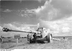 The 8.8 cm Pak 43/41 on the Eastern Front, 1943.