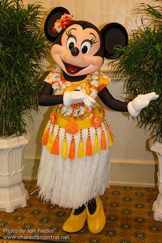 Minnie Mouse - South Seas Breakfast
