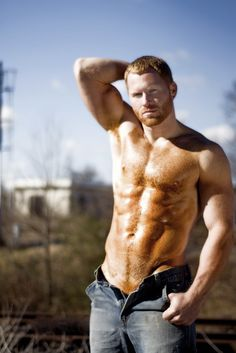 My ginger obsession. I'm African America/ Irish and I want my babies to have my skin tone with red hair. Plus gingers are just SEXY Hairy Men, Bearded Men, Redhead Men, Ginger Men, Ginger Snap, Ginger Beard, Look Man, Hottest Redheads, Hot Guys
