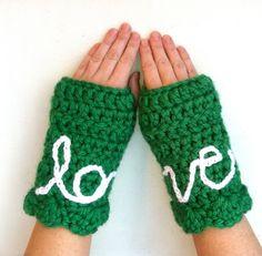 Handmade Fingerless Gloves - cute idea {crochet inspiration}