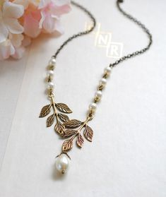 Bridal Necklace. Brass Leaf Cream Ivory Pearls Necklace. Cream Pearls Beaded…