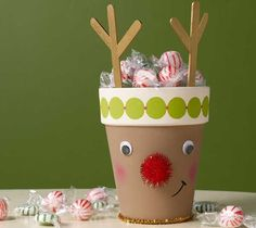 10 Kids Christmas Crafts - Stubbornly Crafty Can this be done with a large paper cup and not a clay pot? Christmas Activities, Christmas Crafts For Kids, Christmas Projects, All Things Christmas, Holiday Crafts, Christmas Decorations, Christmas Ideas, Noel Christmas, Winter Christmas