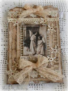 Nå har jeg kost meg med de nye arkene fra Maja Design og det resulterte i et vintage julekort!       Jeg ønsker dere ei god helg:)