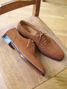 Handmade Wing Tip Suede Leather Shoes.
