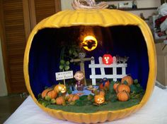 OOAK Waiting for the Great Pumpkin Diorama