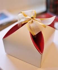 interesting idea How To Make Chocolate, Making Chocolate, Chocolate Wedding Favors, Wedding Favor Boxes, Marry You, Party Favors, Tableware, Range