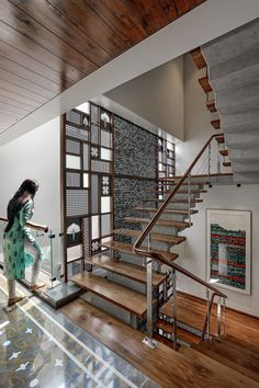 Staircase Design Modern, Home Stairs Design, Duplex House Design, Modern Stairs, Home Room Design, Interior Design Studio, Modern House Design, Balcony Railing Design, Living Room Partition Design