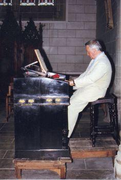 Harmonium Christophe & Etienne église de Pont-Scorff - 1999  - Photo : Dominique Boissy