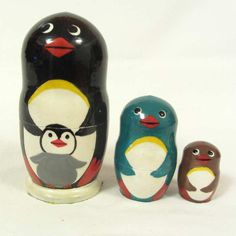 This is set of Russian nesting doll with funny penguins, it is made specially for collectors of penguins.