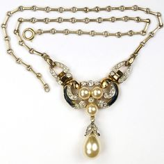 Trifari 'Alfred Philippe' Empress Eugenie Gold Enamel and Pendant Pearl Necklace