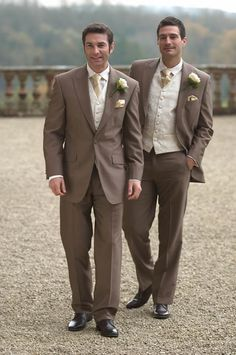 groom wears a tan suit with brown tie and the groomsmen wear these!