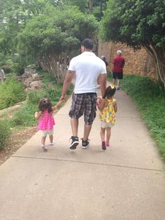 """Daddy and his autism beauties"" Facebook name: Jessica Nicole"
