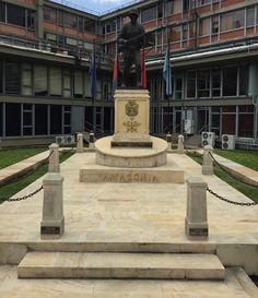En memoria a nuestros combatientes en la campaña del Sur. 1932 - 1934. En patio interno del Ministerio de Defensa Nacional. Bogotá - Colombia.