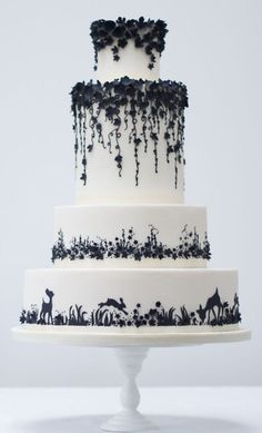 awesome 49 Gorgeous Winter Wedding Cakes Ideas Trends in 2017 https://viscawedding.com/2017/11/12/49-gorgeous-winter-wedding-cakes-ideas-trends-2017/