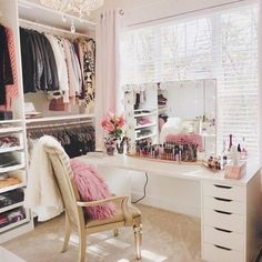 37 + Unanswered Concerns About Glam Room Closet Vanity Ideas 14 Room Design, Beauty Room, Spare Room Closet, Glam Room, Closet Vanity, Closet Designs, Closet Decor, Vanity Room, Dressing Room Design