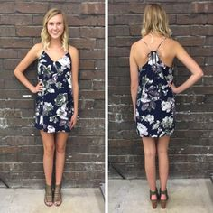 The color contrast on this little floral shift is so pretty! - $45 #floral #shiftdress #springfashion #spring  #fashionista #shoplocal #aldm #apricotlaneboutique #apricotlanedesmoines #shopaldm #desmoines #valleywestmall #fashion #apricotlane #newarrival  #shopalb  #ootd #westdesmoines  #shopapricotlaneboutiquedesmoines #ontrend