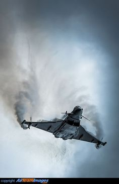 Eurofighter Typhoon S creating Toroidal energy waves with his wing tips. Eurofighter Typhoon S creating Toroidal energy waves with his wing tips. Military Jets, Military Aircraft, Luftwaffe, Air Fighter, Fighter Jets, Reactor, Aircraft Design, Fighter Aircraft, Aircraft Parts
