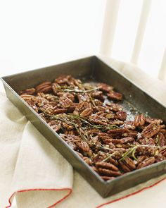 Honey Rosemary Pecans: Great recipes and more at http://www.sweetpaulmag.com !! @Eva S. Paul Magazine