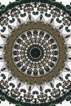 Mandala - art by Elias Zacarias