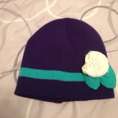 Beanie Navy blue with green stripe and white flower Accessories Hats