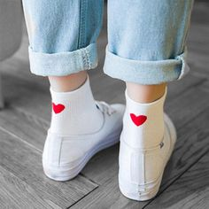 2018 women& socks 1 pair of girl& long socks in colored cotton novelty fashion women cute heart women& socks Looks Baskets, Mode Rose, Girls Socks, Women Socks, Outfits Mujer, Fashion Brand, Womens Fashion, Style Fashion, Happy Socks