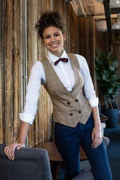 Corporate Wear, Hotel Uniform, Tea Lounge, Restaurant Uniforms, Barbershop Design, Daddy Birthday, Modern Restaurant, Commercial Kitchen, Cafe Bar