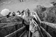 WOMEN'S RIP CURL PRO BELLS BEACH. LUCHA DE TITANES PARA CUARTOS #surf #RipCurlPro #BellsBeach #wsl by nauticalnewstoday http://ift.tt/1KnoFsa