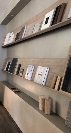 Showroom Interior Design, Contemporary Interior Design, Modern Interior, Interior Styling, Interior Architecture, Bookshelf Styling, Office Interiors, Interior Design Inspiration, Japanese Interior