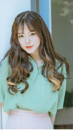 愼 ☼ ριητεrεsτ policies respected.( *`ω´) If you don't like what you see❤, please be kind and just move along. Korean Beauty, Asian Beauty, Pretty Hairstyles, Girl Hairstyles, Korean Hairstyles, Bora Lim, Wispy Bangs, Uzzlang Girl, Ulzzang Fashion