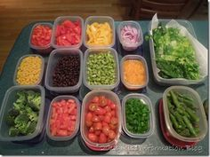 How to Dry and Store Lettuce no salad spinner or fancy bags needed #salad #foodprep #tipsandtricks