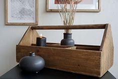 Trekasse med hank, 60x28 cm - Upstairs Floating Nightstand, Shelves, Table, Furniture, Home Decor, Floating Headboard, Shelving, Decoration Home, Room Decor