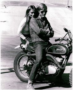 Lauren Hutton and Robert Redford on the set of Little Fauss and Big Halsy, 1970, by Stephen Schapiro