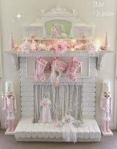 Olivia's Romantic Home: Mel's Pink Christmas Home Tour