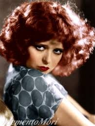 Get the interesting information about the notable American actress on Facts about Clara Bow. She was born on 29 July 1905 with the full name Clara Gordon Bow. Golden Age Of Hollywood, Vintage Hollywood, Hollywood Glamour, Classic Hollywood, Old Hollywood Stars, Hollywood Actresses, Silent Film Stars, Movie Stars, Vintage Glamour