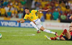 Neymar Neymar Jr, Running, Wallpaper, About Football, World Cup, Brazil, Stuff Stuff, Soccer Players, Legends