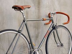 Singlespeed Classic Bikes color combination fixed bike inspiration saddle leather handlebar custom