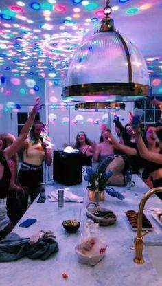 birthday party ideas for girls sleepover teenagers fun ~ fun sleepover ideas for teenagers
